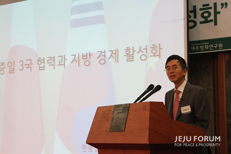 4.양허우란강연 (2).JPG